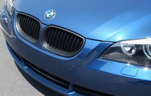 Grill BMW E60 E61(04-09) Matte Black (Example Already Installed)