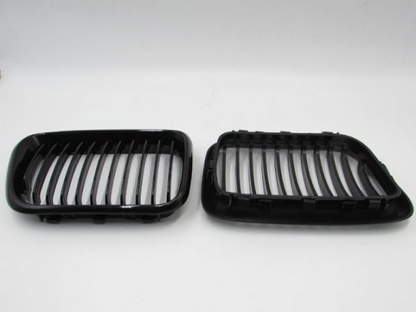 Grill BMW E36 (97-98) Facelift Glossy Black